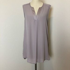 H&M gray split neck sleeveless tunic
